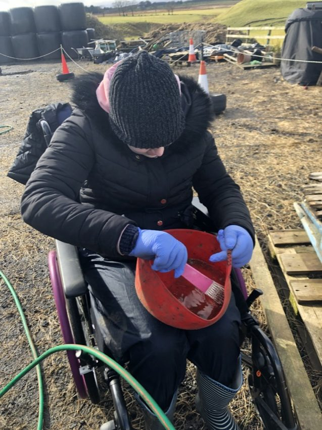 CLEANING FEED BUCKETS